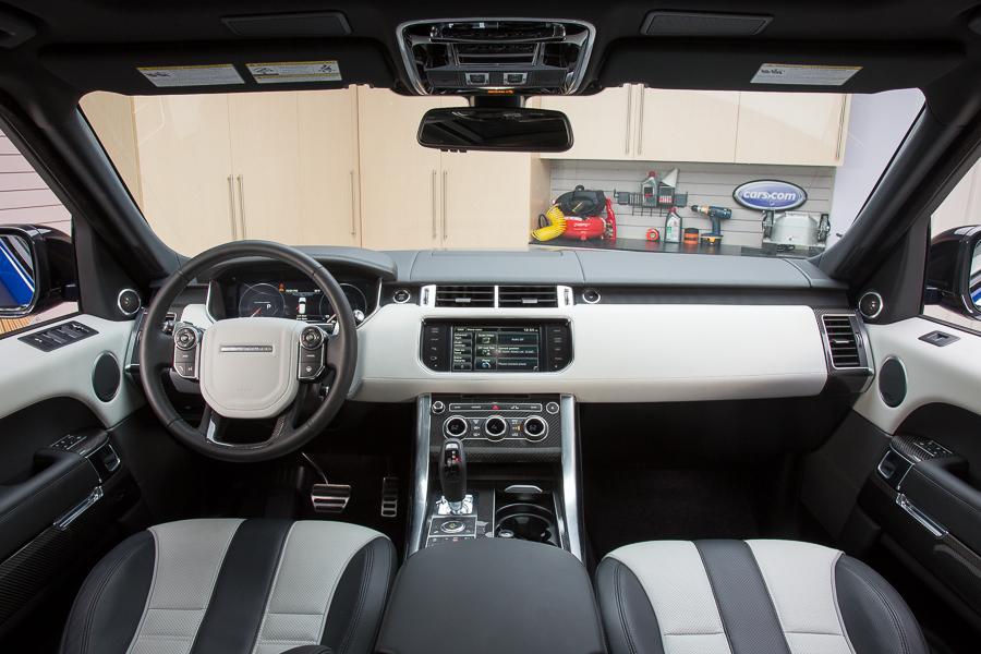 سيارة لاند روفر رانج روفر سبورت 2015 - المقصورة