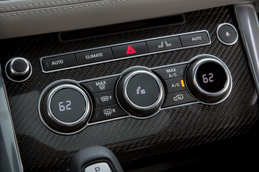 سيارة لاند روفر رانج روفر سبورت 2015 - أزرار التحكم في مكيف السيارة