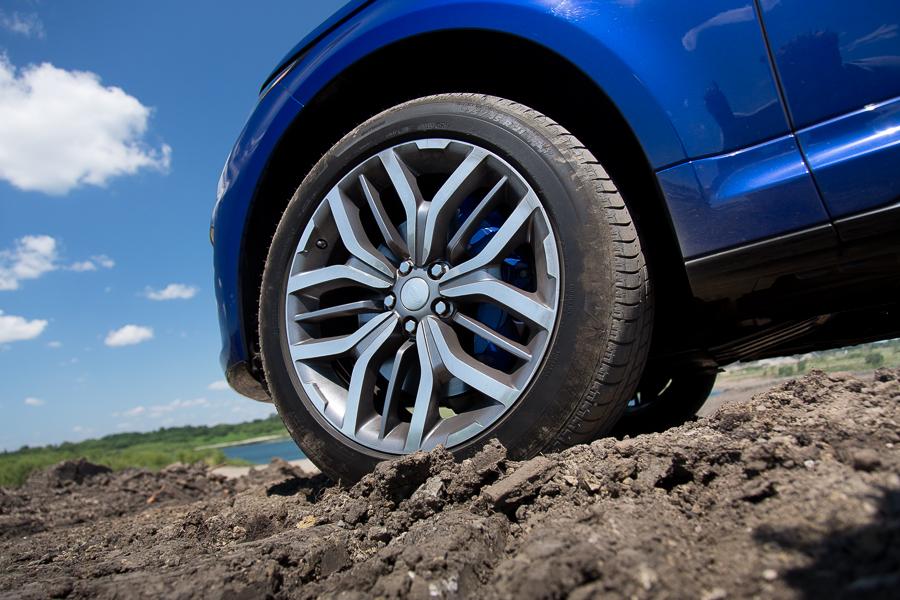 سيارة لاند روفر رانج روفر سبورت 2015 - العجلة